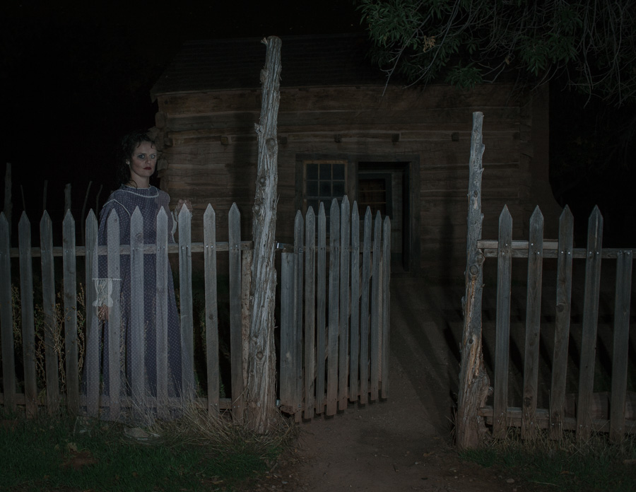 GHOSTS ARE REAL, GHOST SIGHTINGS, GHOST TOWN PICTURES