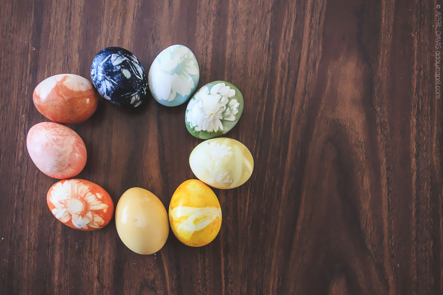 NATURAL EASTER EGG DYING